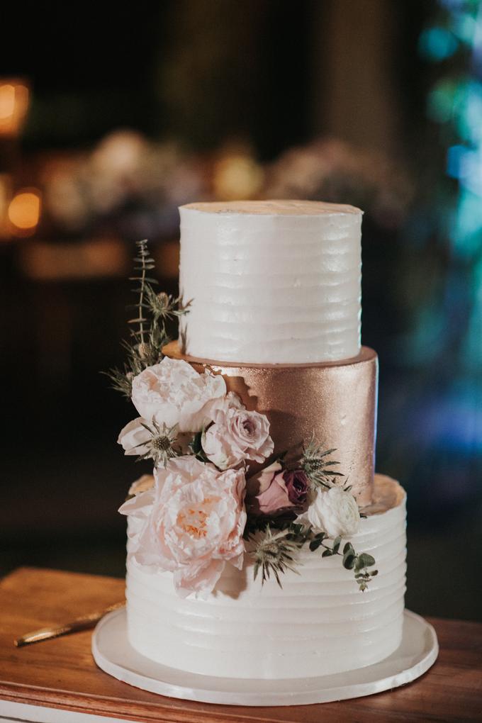 Hendri & Sella Wedding by It's True Wedding Planner and Decoration - 045