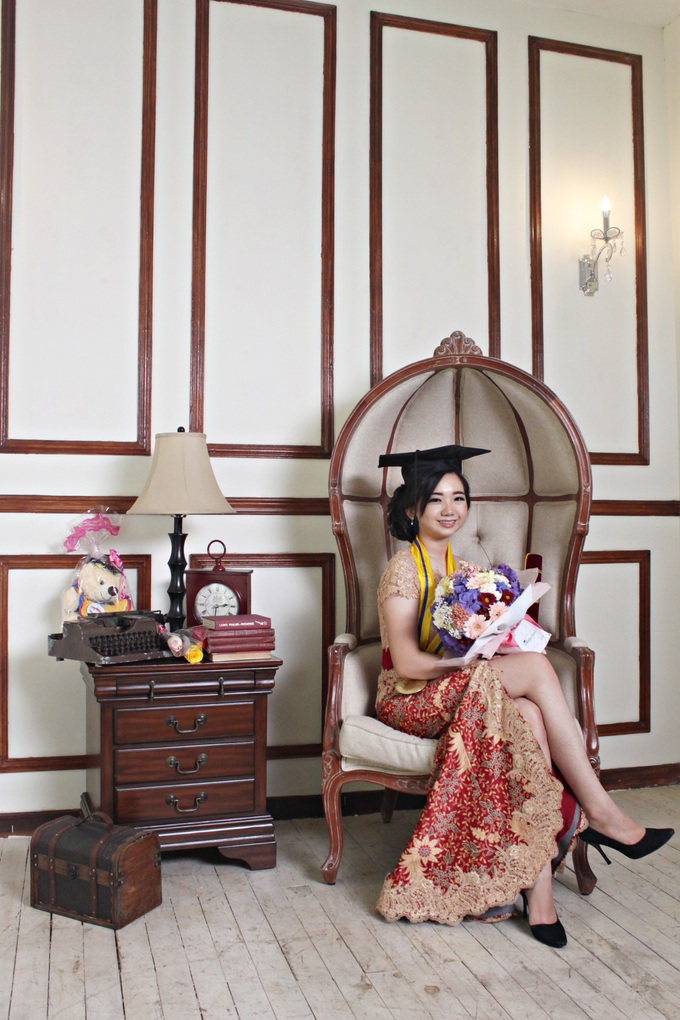 Graduation by AyuAbriyantimakeupartist - 017