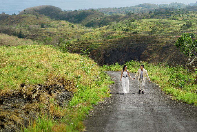 Nusa Penida Prewedding by Gusde Photography - 009