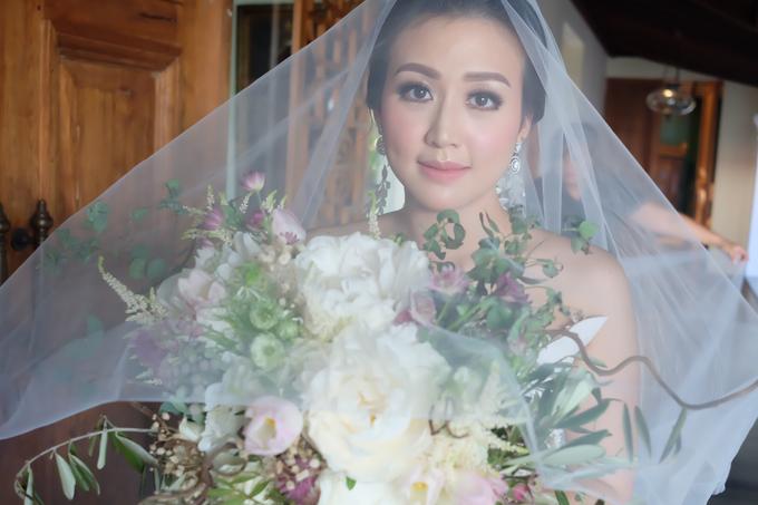 Lavina's wedding by sherlyamakeup - 001
