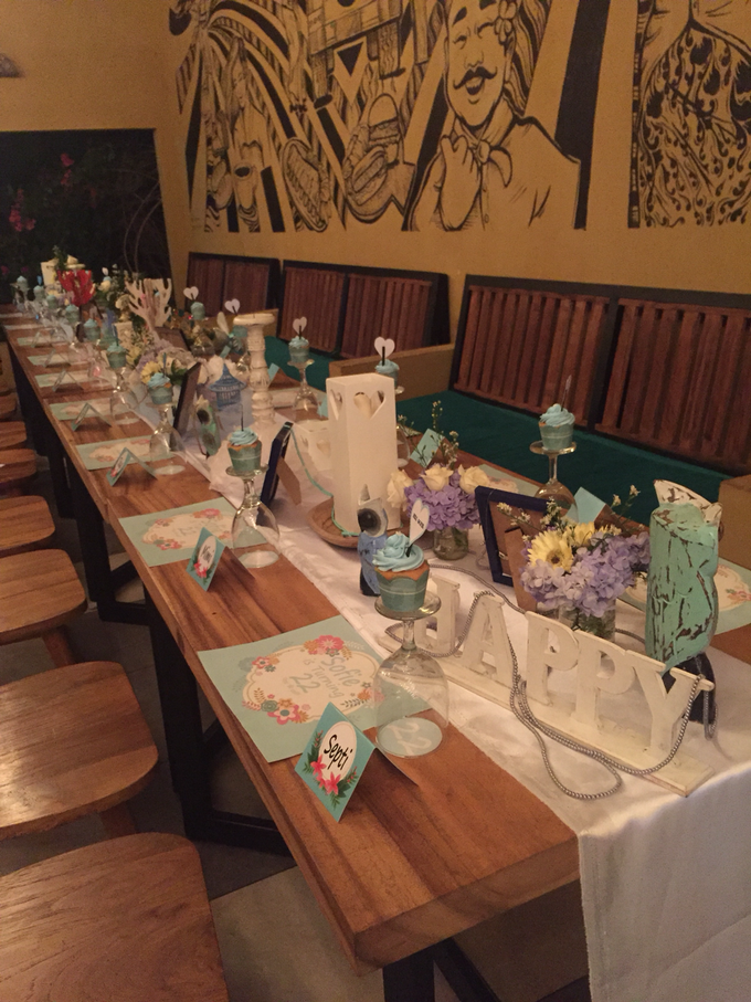 Long table decoration sample by Peony Garden Bali - 006