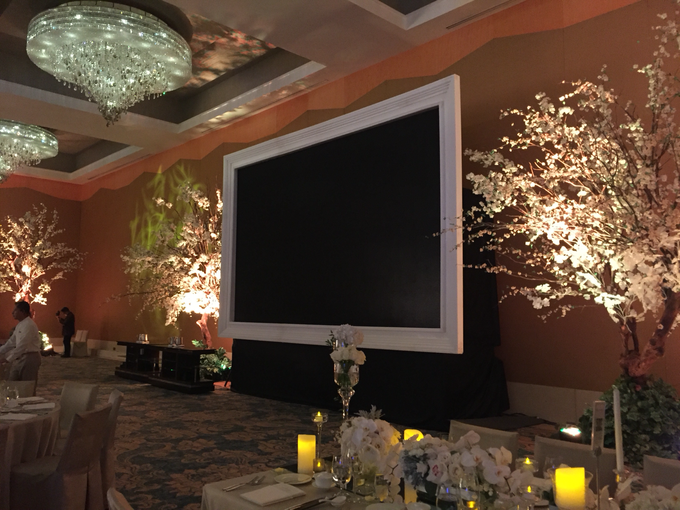 The Wedding of Steve & Roberta by Flora Lines Decoration - 003