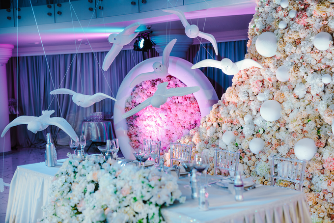 We can fly away by Wedding planner Oksana Bedrikova - 011