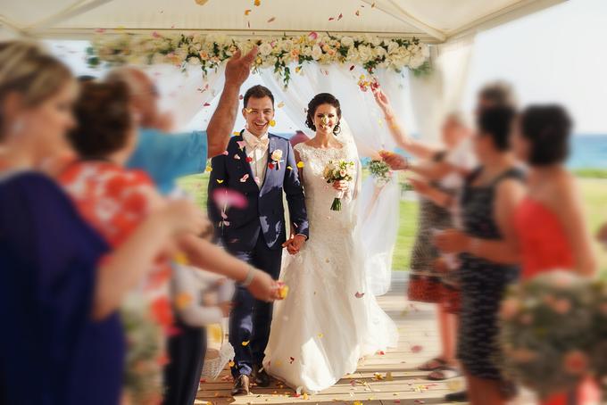 Amazing outdoor wedding setup by Merit Events - 005