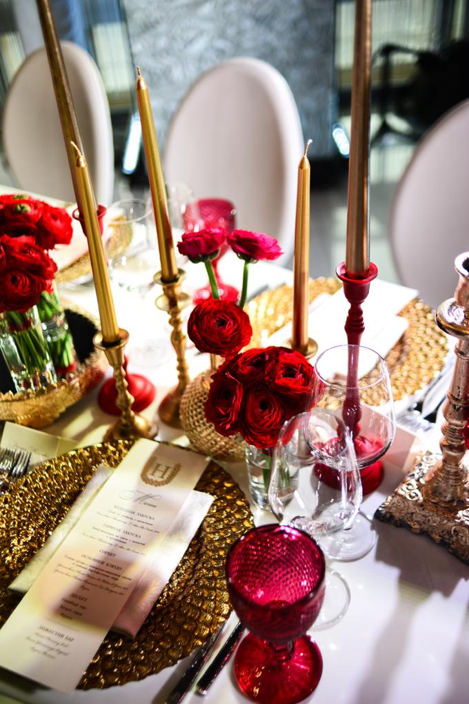 Red on winter. Y&M wedding by WeDoAgency - 007