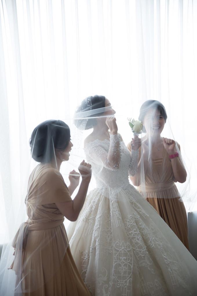 JASON & STEFANI • Glam Champagne by MALVA Bridesmaids - 005