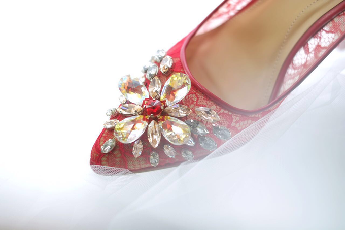 Embellishment on shoes, by CAVA PRIVÉ - 008