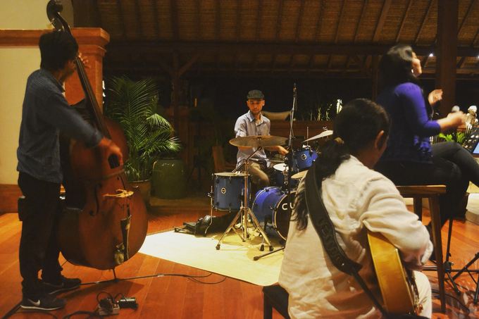 Bali Bossa Jazz Quartet for Dinner & Wedding by BALI LIVE ENTERTAINMENT - 004
