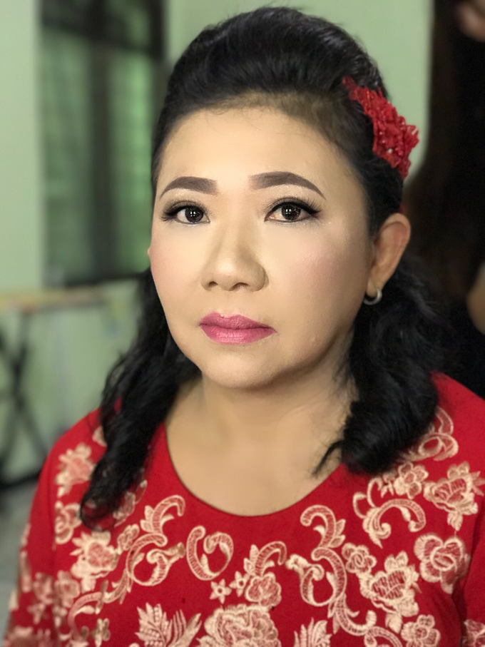 Party makeup by AyuAbriyantimakeupartist - 026