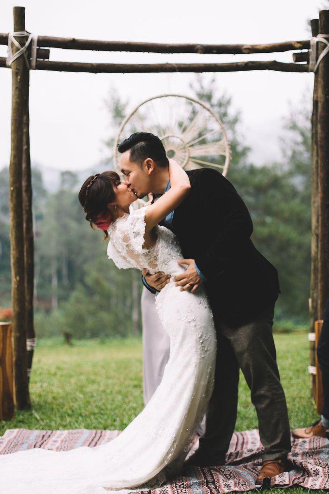 MT & Bel Wedding by fire, wood & earth - 027