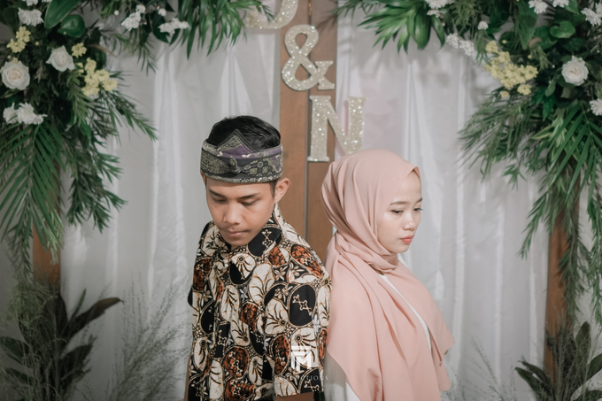 Engagement Dwi & Nurul by firstmomentproductions - 004