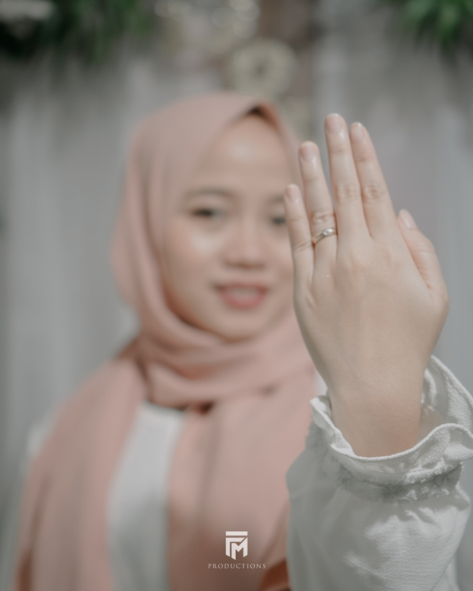Engagement Dwi & Nurul by firstmomentproductions - 008