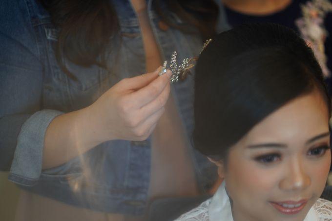 Sabar & Tiara Wedding Day by Nike Makeup & Hairdo - 003