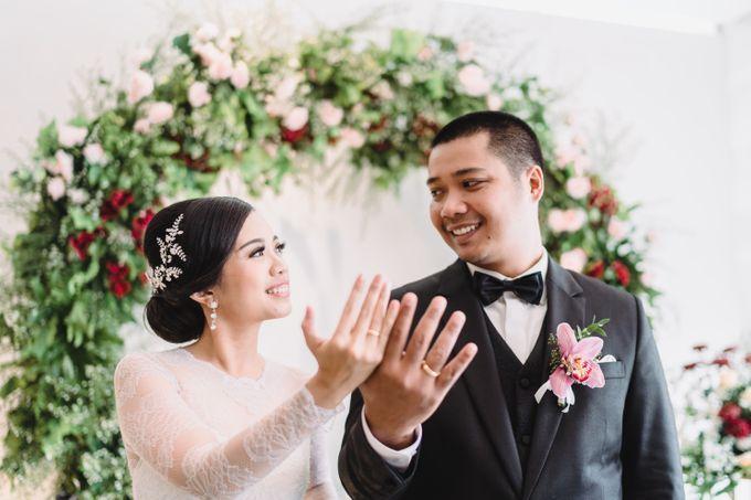 Sabar & Tiara Wedding Day by Nike Makeup & Hairdo - 009
