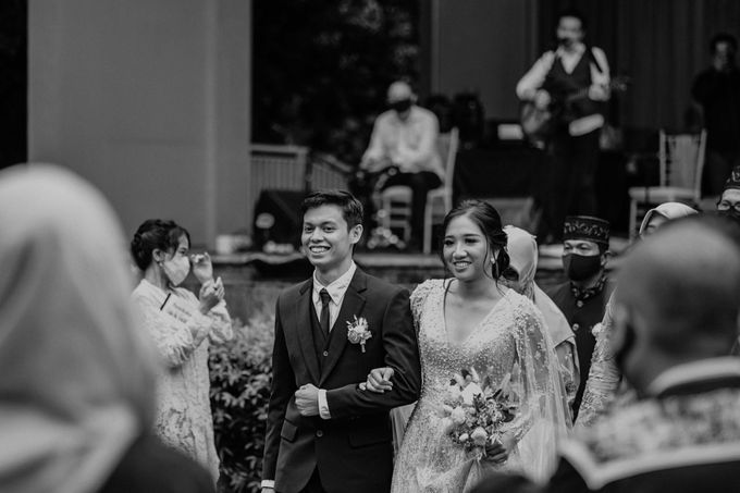 Fita & Gentha Wedding at On Green Raffles Hills by AKSA Creative - 036
