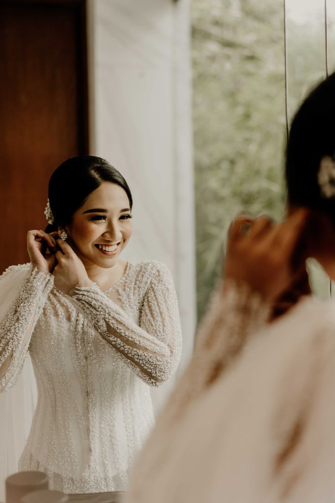 Fita & Gentha Wedding at On Green Raffles Hills by AKSA Creative - 006