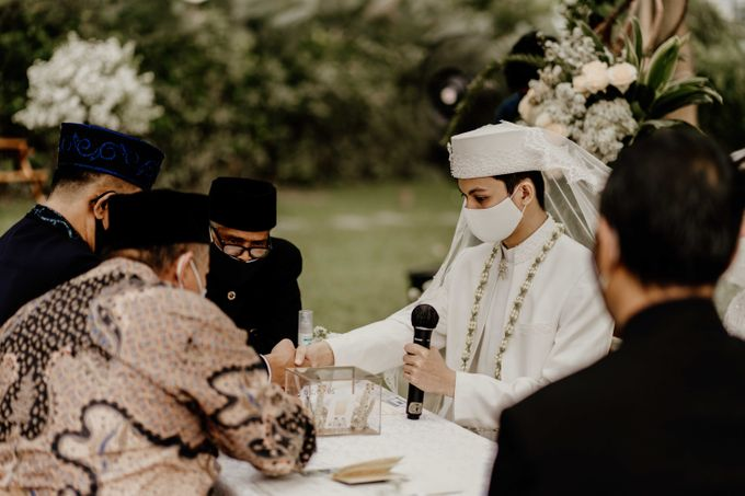 Fita & Gentha Wedding at On Green Raffles Hills by AKSA Creative - 008