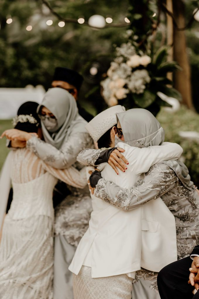 Fita & Gentha Wedding at On Green Raffles Hills by AKSA Creative - 014