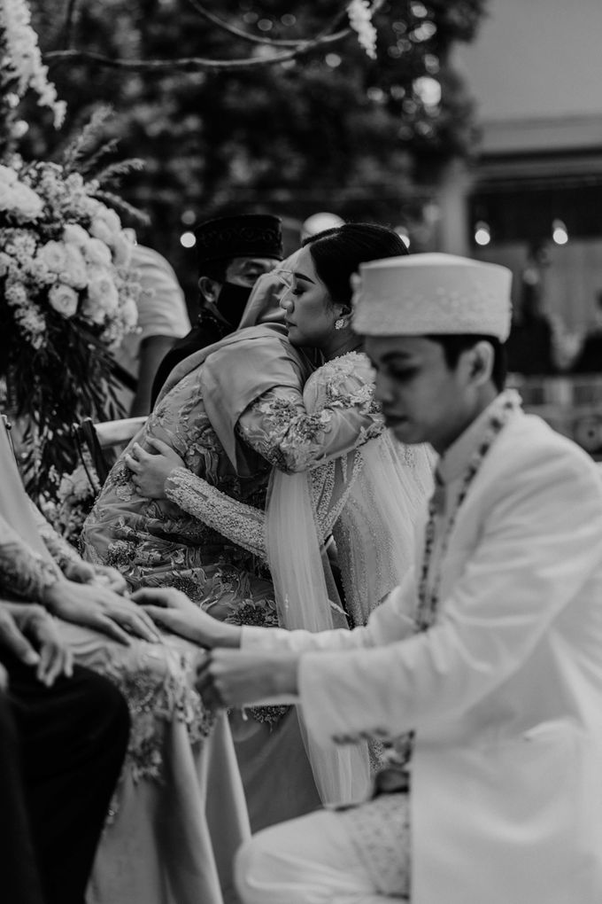 Fita & Gentha Wedding at On Green Raffles Hills by AKSA Creative - 016