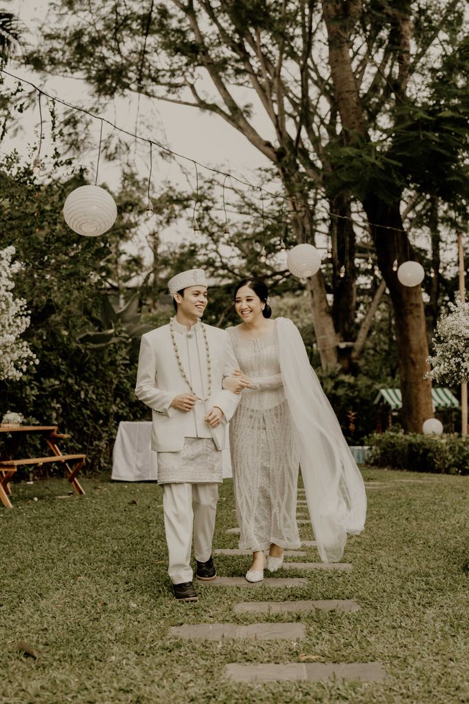 Fita & Gentha Wedding at On Green Raffles Hills by AKSA Creative - 024