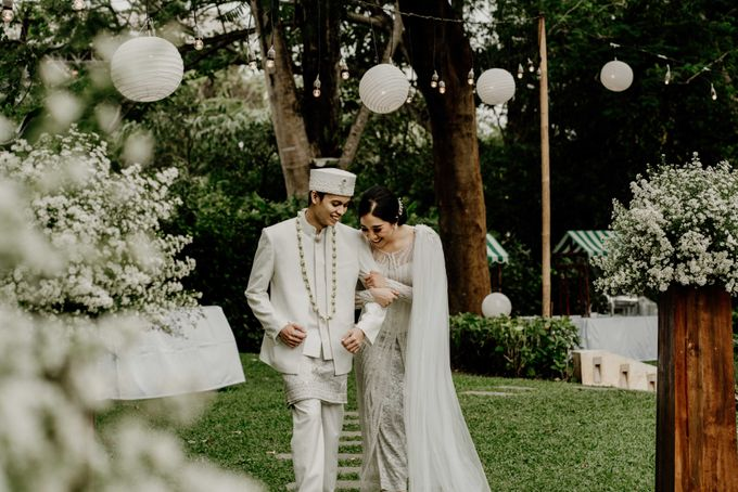 Fita & Gentha Wedding at On Green Raffles Hills by AKSA Creative - 018