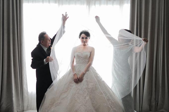 Alitroy And Stefani Wedding Day by Tinara Brides - 002