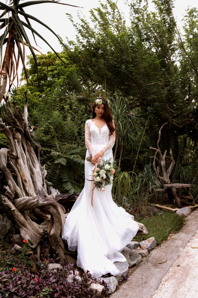 Styled shoot with YSM photography  by Florals Actually - 004