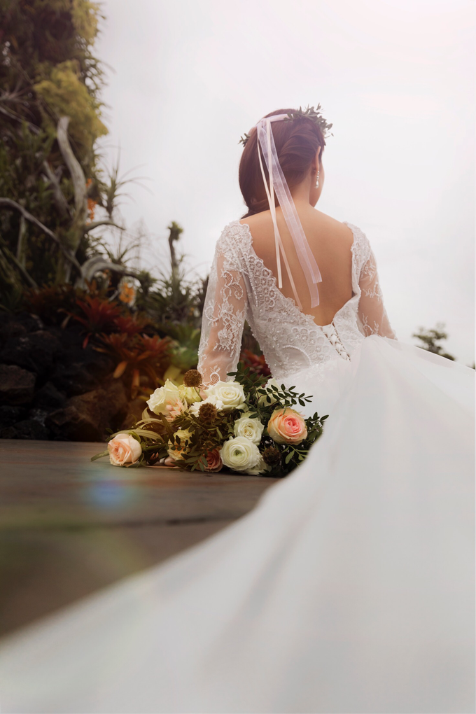 Styled shoot with YSM photography  by Florals Actually - 005