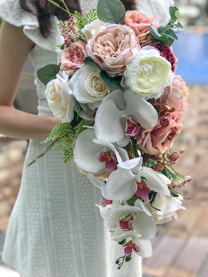Cascading faux bouquet by Florals Actually - 002