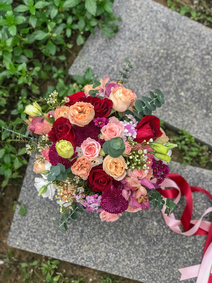 Vibrant Bouquet for a Styled Shoot  by Florals Actually - 002