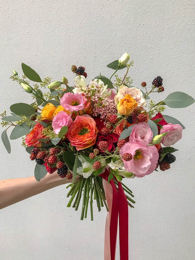 Orange, coral, pink, and red ❤️ by Florals Actually - 001