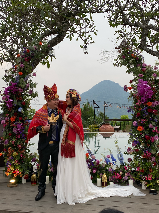 M+J wedding by Flower Getaway - 004