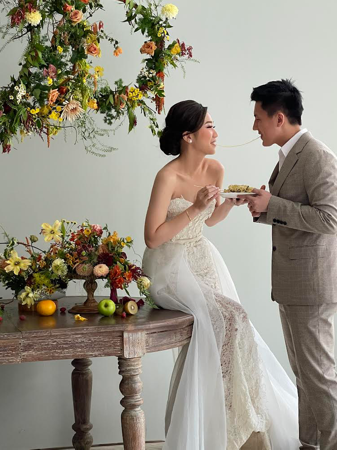 Prewedding Photoshoot Decor by Flower Getaway - 005