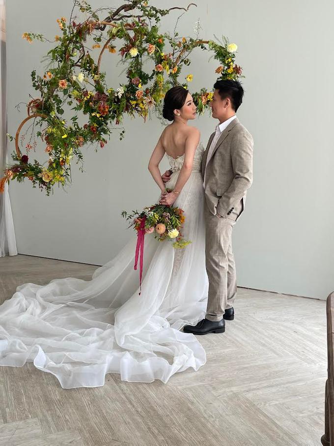 Prewedding Photoshoot Decor by Flower Getaway - 004