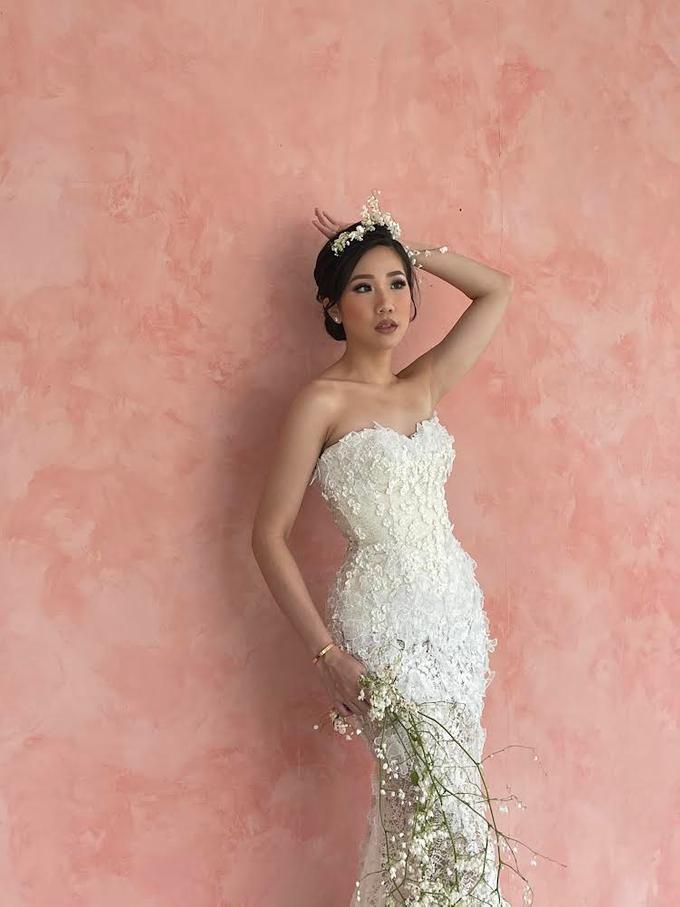 Prewedding Photoshoot Decor by Flower Getaway - 011
