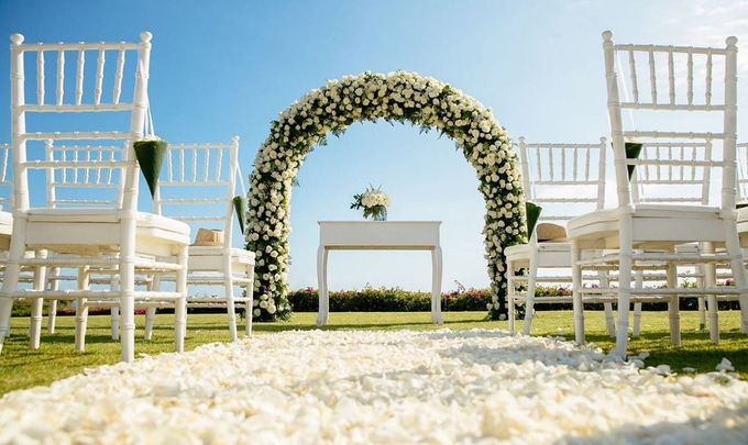 Timeless Classic Wedding Theme by WiB flowers - 003