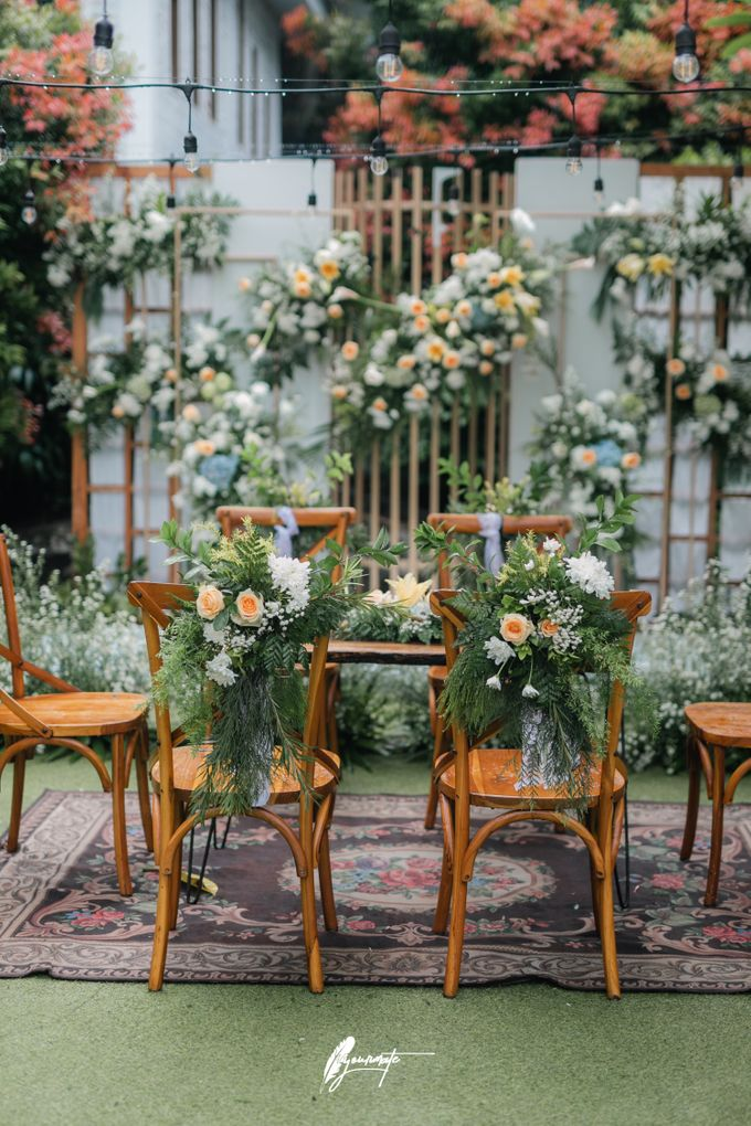 The Wedding of Astri & Edp di Cafe Manglayang by Decor Everywhere - 006