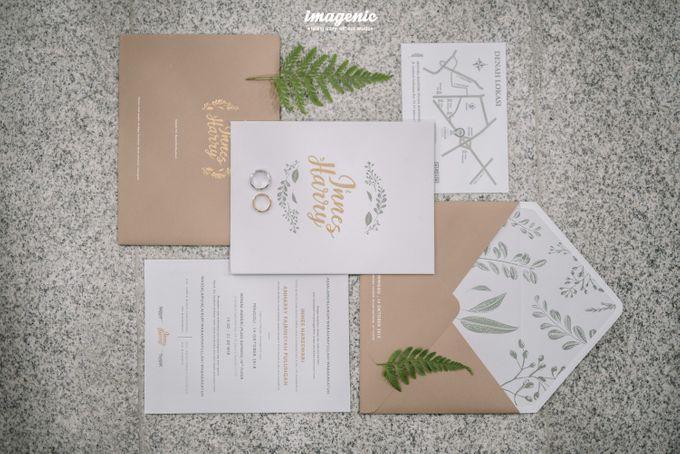 Pernikahan adat jawa dengan nuansa hijau di dalam ballroom by Imagenic - 033