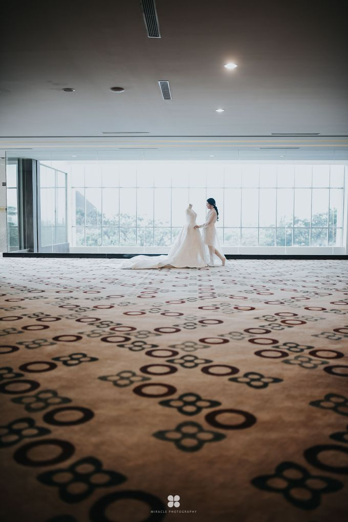 Wedding Day by Daniel H - Sansan & Livia by Miracle Photography - 018
