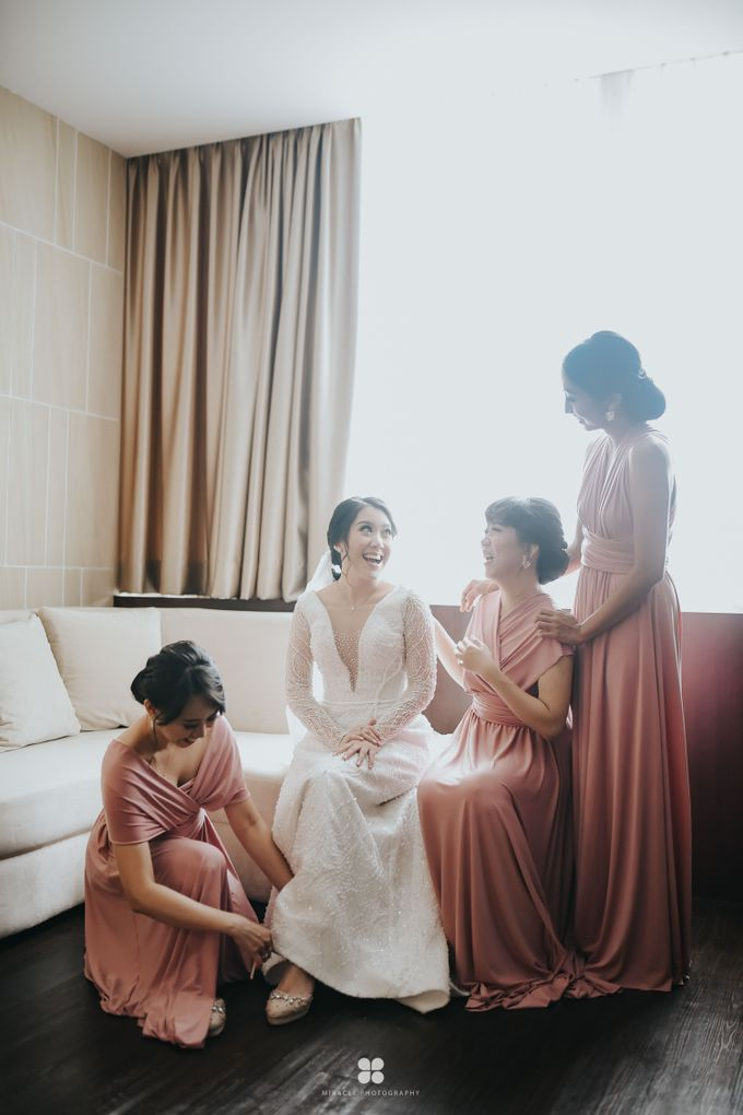 Wedding Day by Daniel H - Sansan & Livia by Miracle Photography - 020