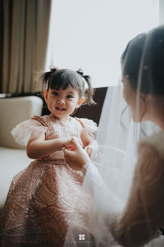 Wedding Day by Daniel H - Sansan & Livia by Miracle Photography - 029