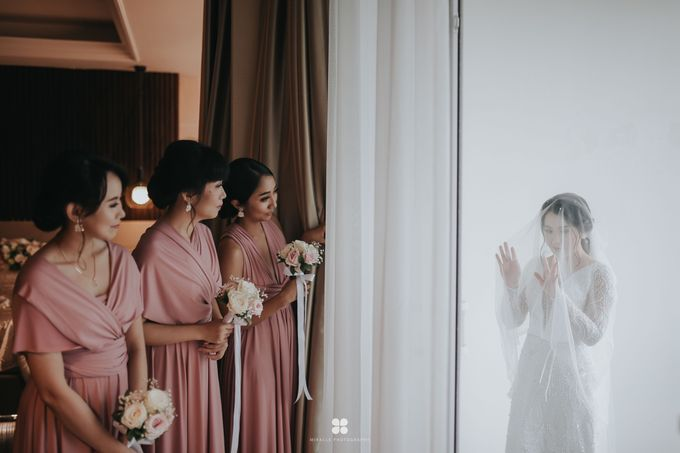 Wedding Day by Daniel H - Sansan & Livia by Miracle Photography - 030