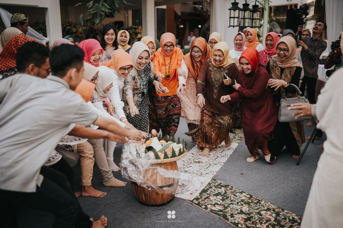 Wedding Day by Imam - Putri & Abid by Miracle Photography - 002