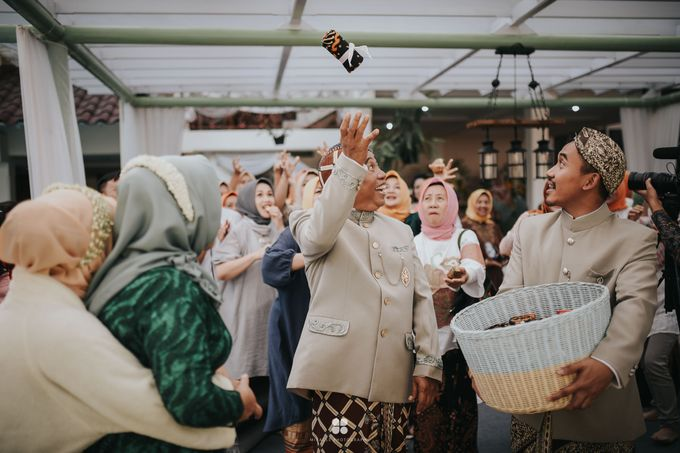 Wedding Day by Imam - Putri & Abid by Miracle Photography - 003