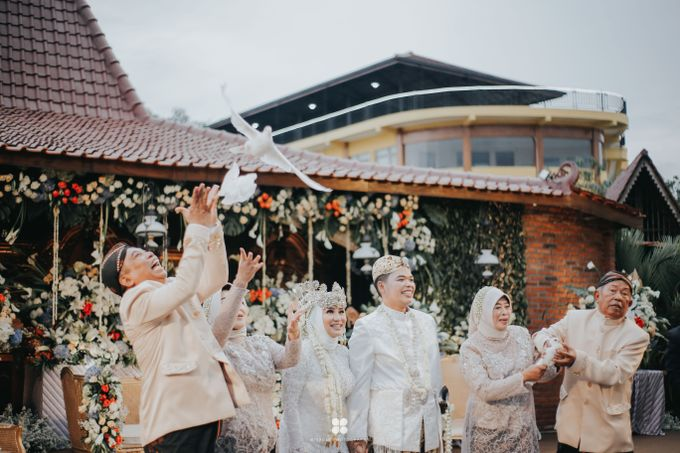 Wedding Day by Imam - Putri & Abid by Miracle Photography - 009