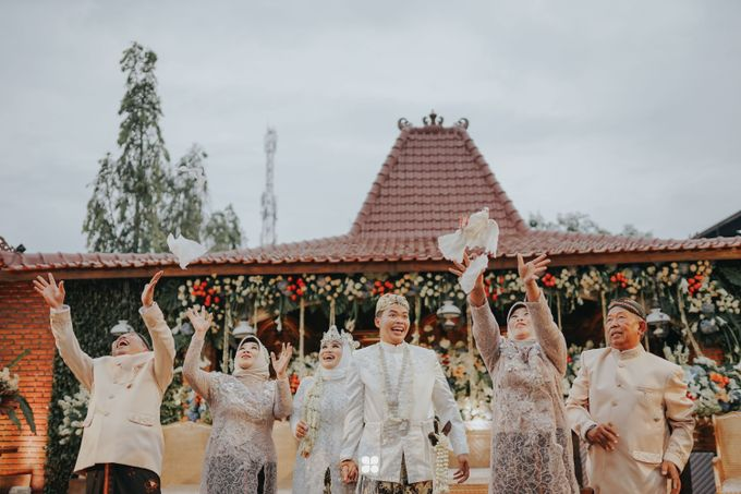 Wedding Day by Imam - Putri & Abid by Miracle Photography - 042