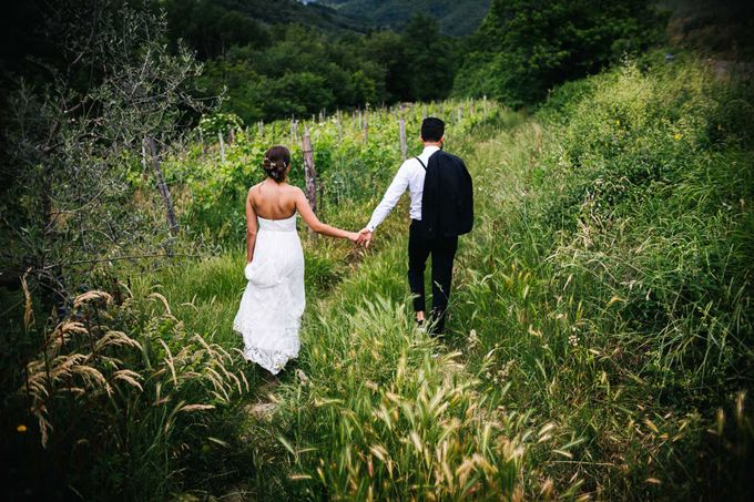 Outdoor wedding in Tuscany by Laura Barbera Photography - 037