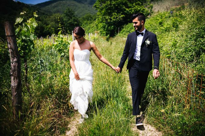 Outdoor wedding in Tuscany by Laura Barbera Photography - 048