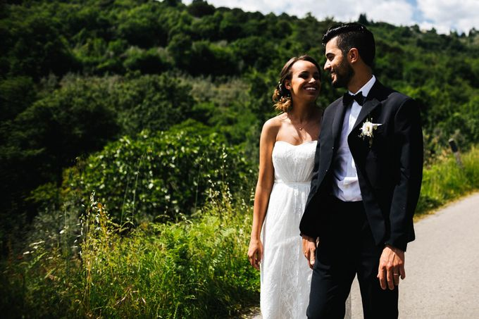Outdoor wedding in Tuscany by Laura Barbera Photography - 049