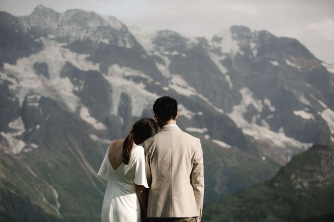 Swiss Alps Adventurous Pre-wedding Session of Hong Kong Couple by Fotomagoria - 002